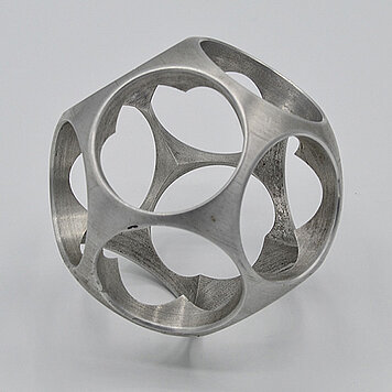 KERN-Kugel 36 - Kugel-Skulptur, Metall, Bohrloch 36 mm